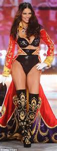 Gisele Bundchen tops list of highest-paid models with