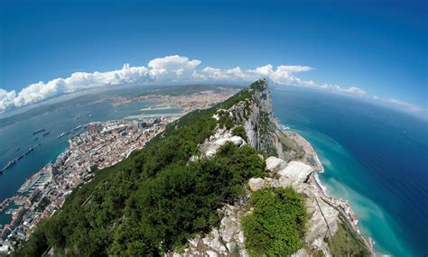 Gibraltar yacht charters | The Complete 2019 & 2020 Guide