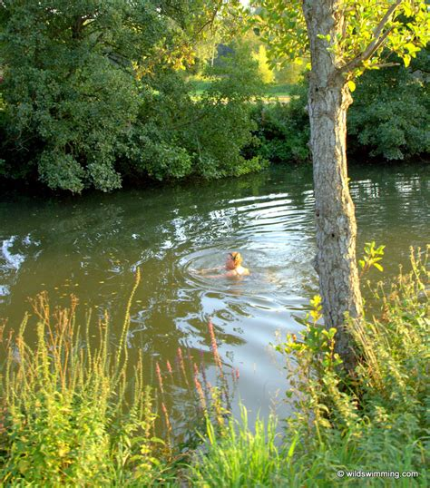 Farleigh Hungerford, Frome | Wild Swimming - outdoors in