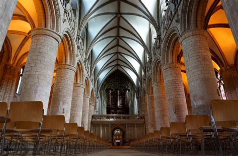 Gloucester Cathedral - Church in England - Thousand Wonders