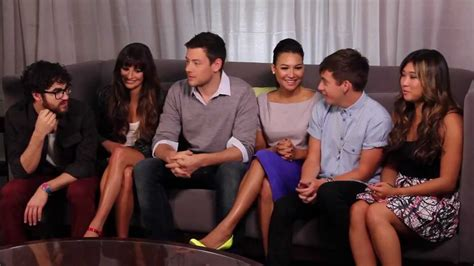 [TV Line] Glee Cast Interview at Comic Con 2012 - YouTube