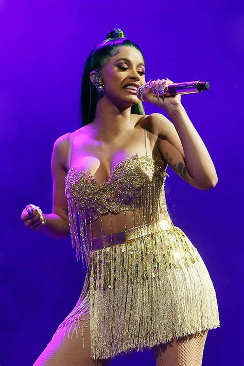 Cardi B Flashes Abs In Gold Bra Top For Live Show: See